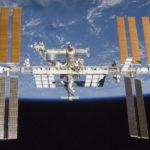{:eo}ISS-skipo povos gustumi nigran kaviaron por la Nova Jaro