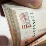 {:sk}Cudzinci minuli v Rusku za deväť mesiacov 8 miliárd rubľov